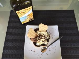 Schokoladewaffel mit Pistazien, Mandelcreme und Schlagobers